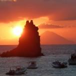 Viaggio Explora Sicilia alla scoperta dei vulcani siciliani, Etna, Vulcano e Stromboli, delle Isole Eolie